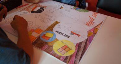 Praca grupowa z malowanką XXL