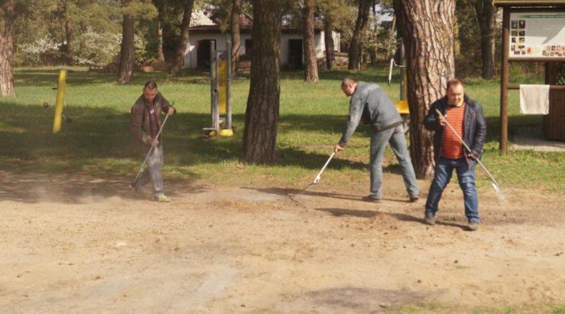 Prace na podwórku