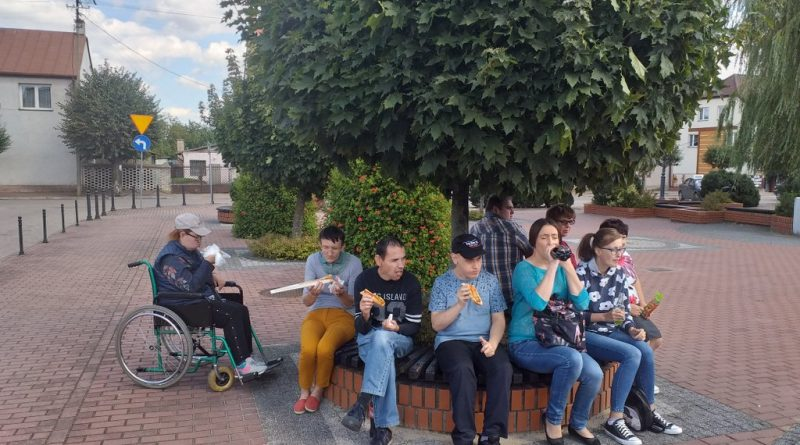 Uczestnicy ŚDS Czarnowo na wyjazdowym treningu zaradności życiowej
